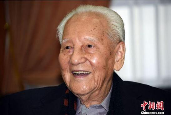 『社会新闻』致敬!黄旭华、曾庆存获2019年度国家最高科学技术奖